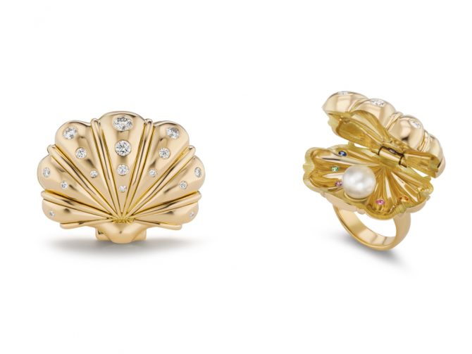 Two views of Brent Neale's clam ring. Photo BPA