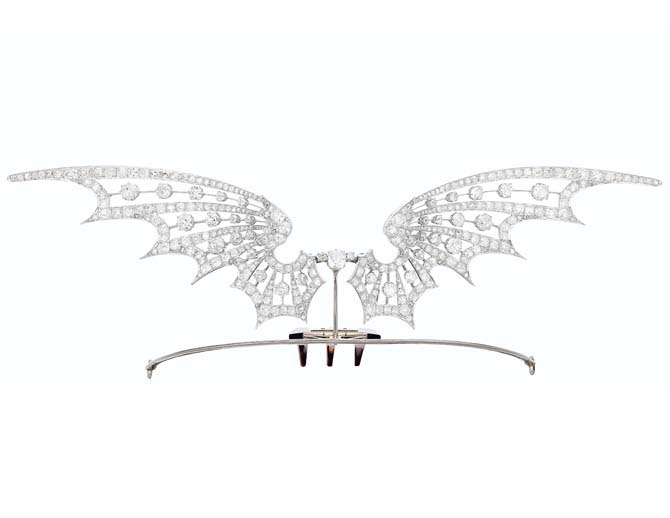 ART NOUVEAU DIAMOND TIARA, HENRI VEVER Old, single and rose-cut diamonds, platinum (French marks), plastic comb of later addition, 8 1/8 ins., circa 1910, signed Vever, 'Paris'