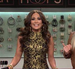 The AdventurinePostsJennifer Lopez Hilariously Hawks Hoops on SNL