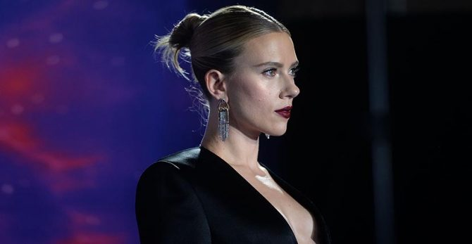 Scarlett Johansson wearing Nikos Koulis earrings.