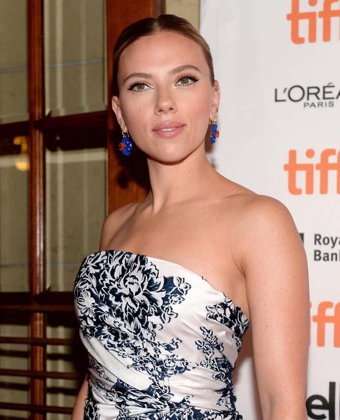 Scarlett Johansson in Irene Neuwirth