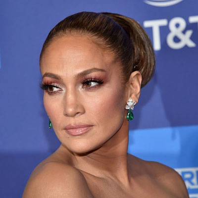 The Adventurine Posts J. Lo Wears Earrings from A. Rod on Red Carpet