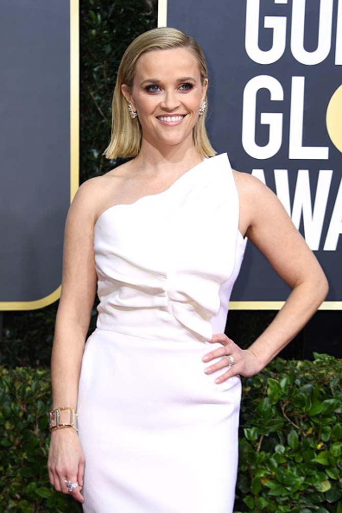 Reese Witherspoon wear jewels by Tiffany & Co.