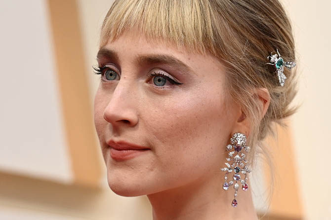 Saoirse Ronan wore fine jewelry by Gucci