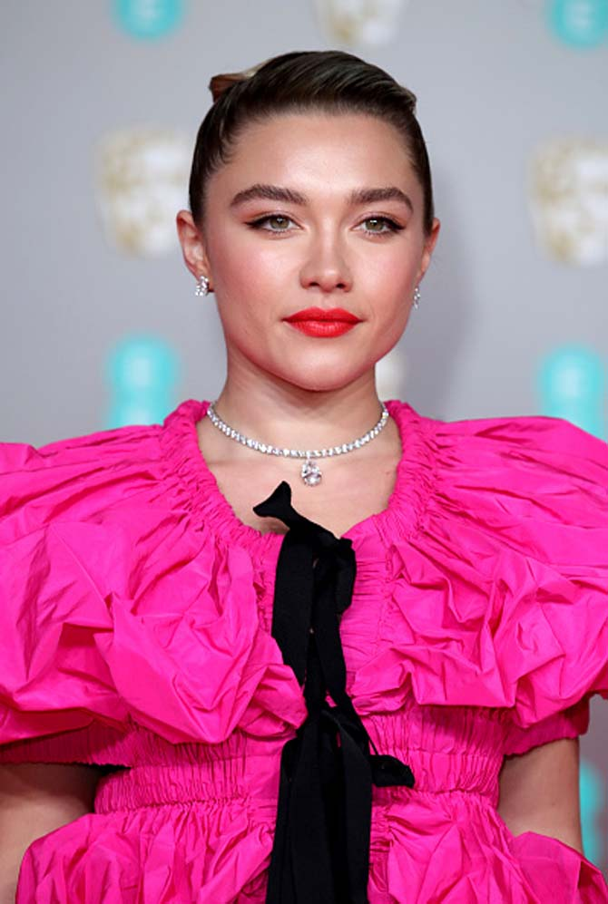 Florence Pugh wore a Tiffany pendant in platinum with a pear-shaped diamond of over 11 carats and diamonds of over 31 total carats.