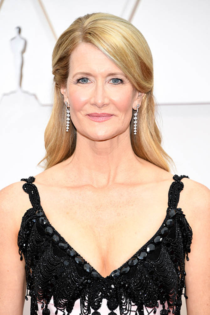 Laura Dern wore earrings by Bulgari.