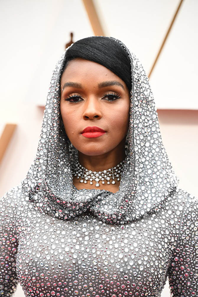 Janelle Monáe wore a diamond necklace by Forevermark