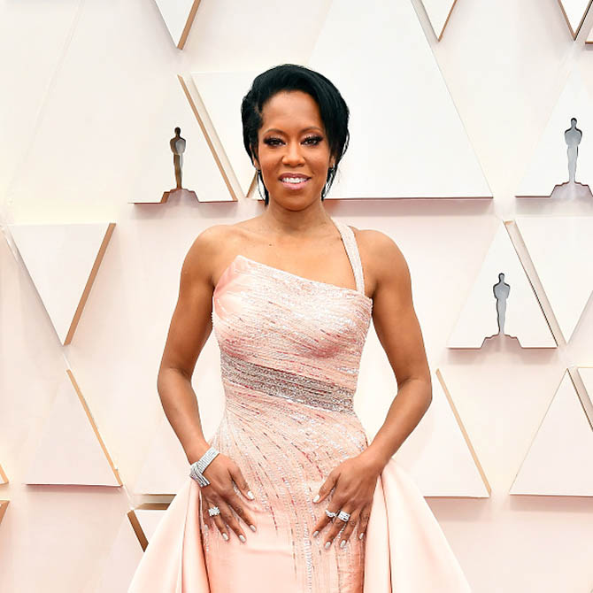 Regina King wore jewelry by Harry Winston