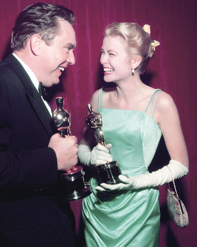 Grace Kelly Oscars pearls