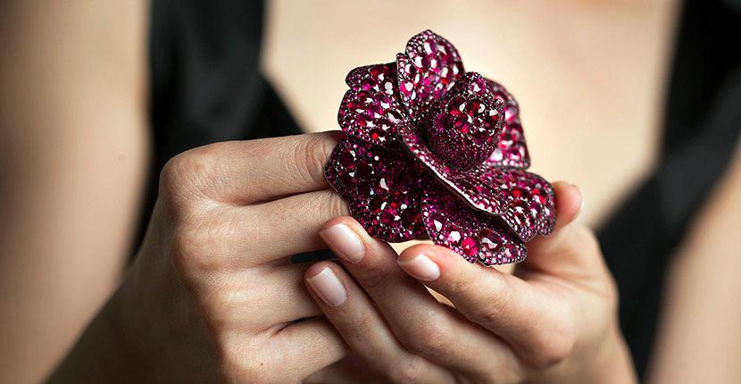The AdventurinePostsLust: The Secret Language of Flowers in Jewelry