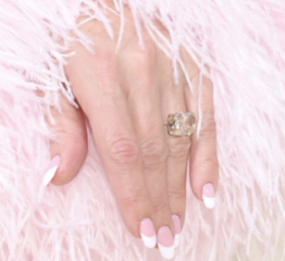 The AdventurinePostsWho Made Kate Hudson's Engagement Ring?